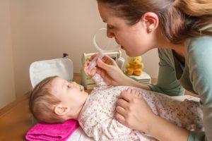 Мучает насморк, ребенок 4,5 месяца