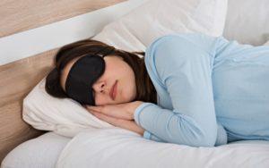 Мочеиспускание во сне в 18 лет