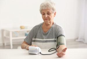 Давление у пожилого человека