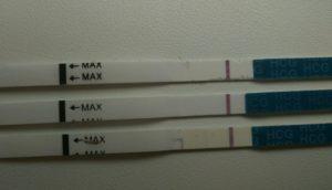 Возможна ли беременность если до месячных 8 дней, а тест отрицательный?