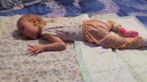 Можно ли навредить ребёнку положив тяжёлую руку на живот