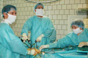 Миома матки: делать ЭКО или сначала лапароскопию?